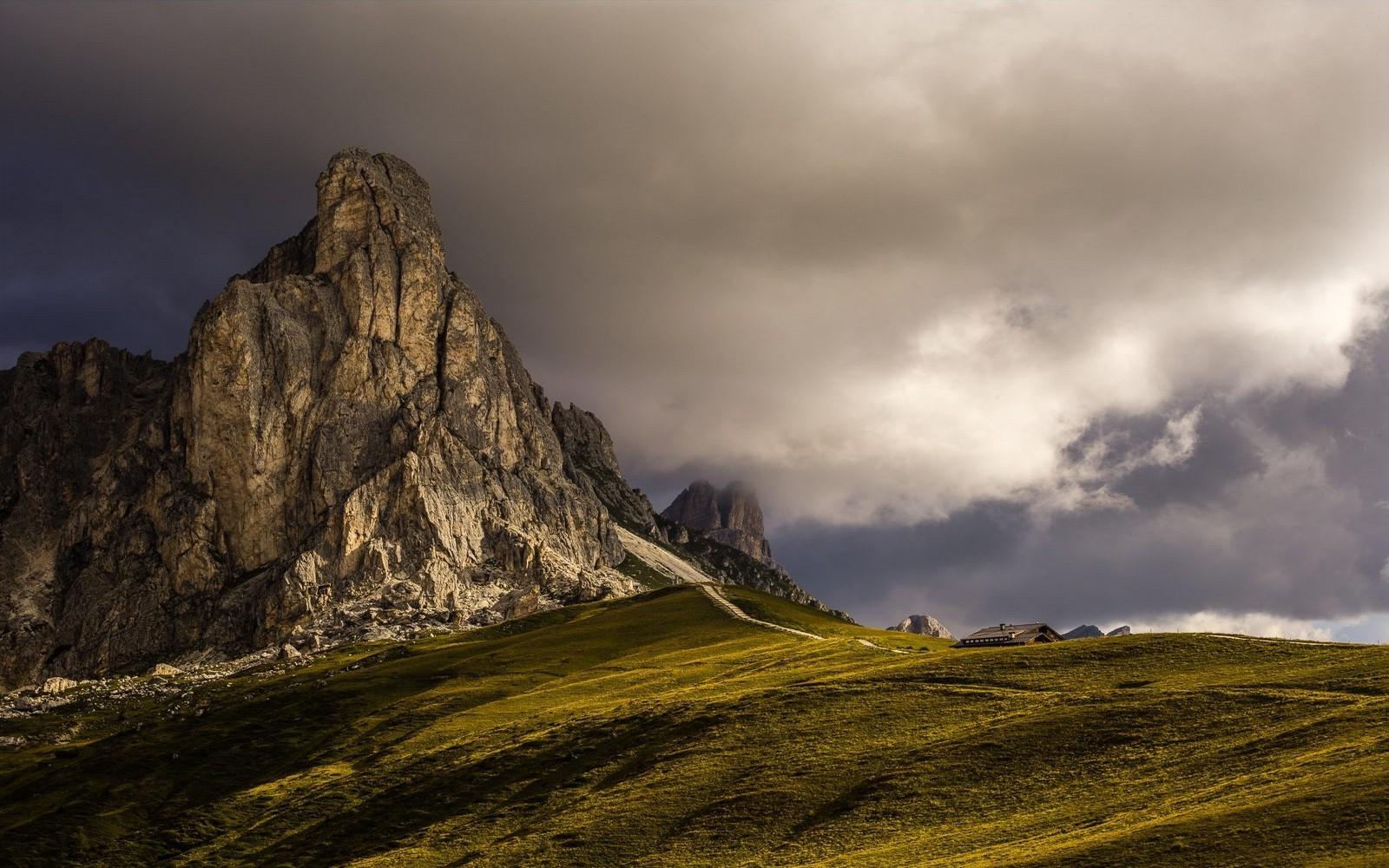 Nature Landscape Mountain Clouds Dark Mountain Pass - Hd Dark Mountain Landscape , HD Wallpaper & Backgrounds