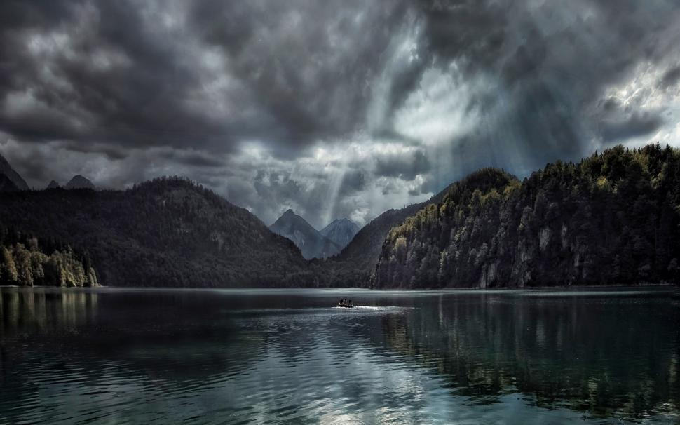 Nature, Landscape, Lake, Forest, Fall, Clouds, Sun - Mountain And Water Dark , HD Wallpaper & Backgrounds