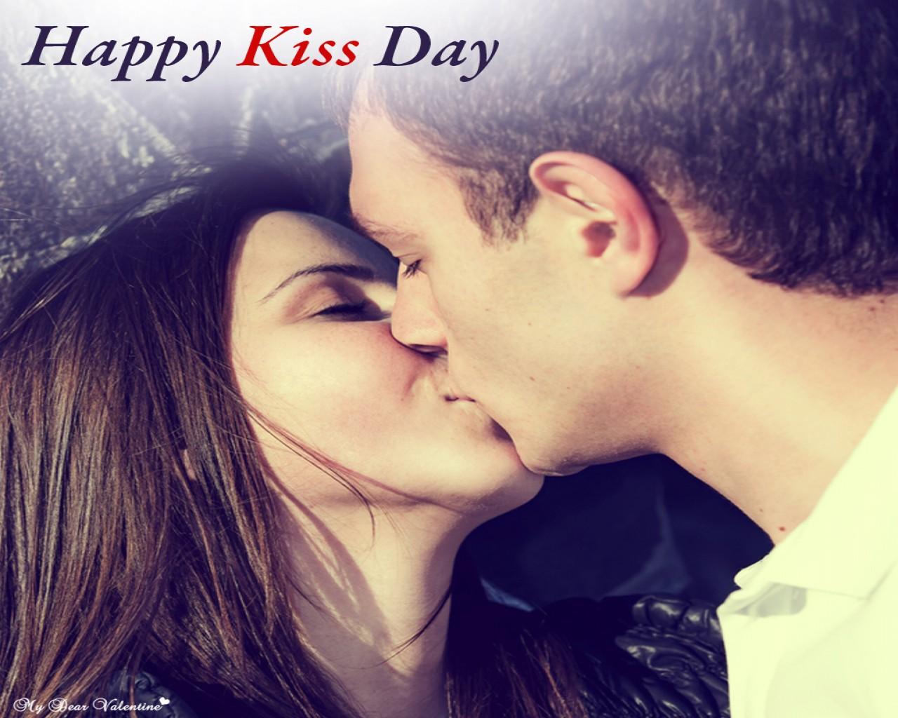 Romantic Kiss Wallpaper Free Download 192516 Hd Wallpaper