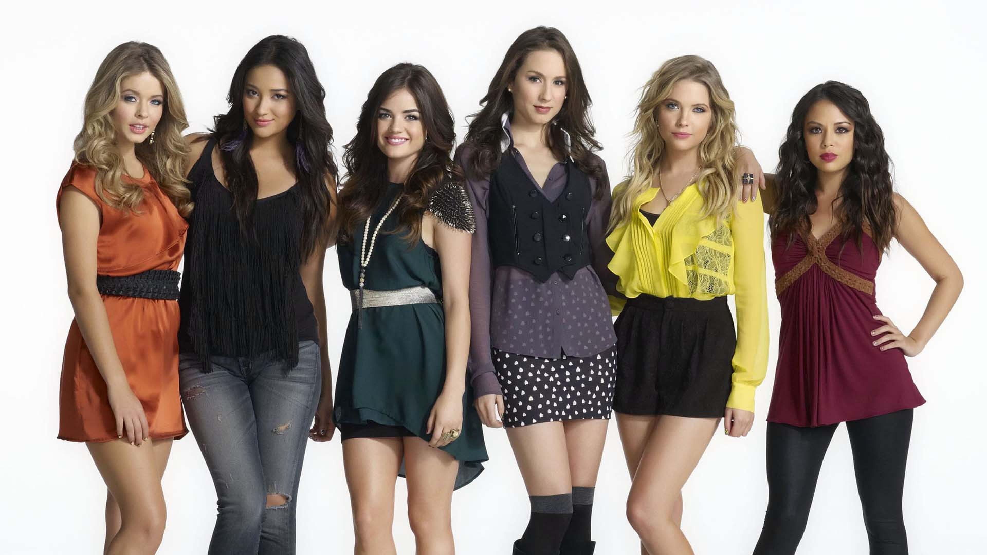 Pretty Little Liars Wallpaper - Pretty Little Liars Cast Girls , HD Wallpaper & Backgrounds