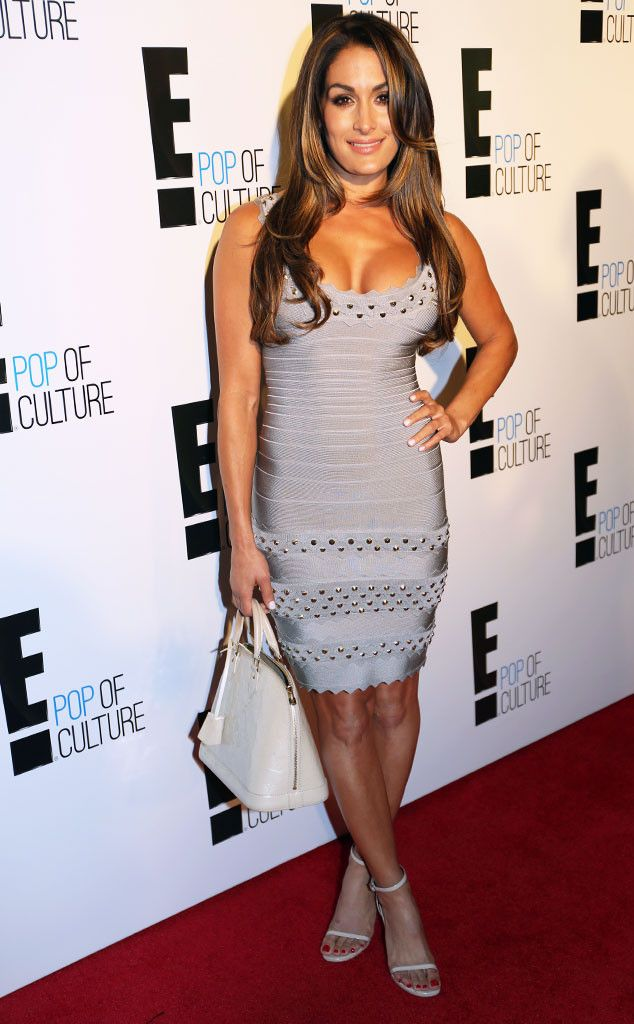 Download Total Divas Star Nikki Bella Dishes On Being - E Pop Of Culture , HD Wallpaper & Backgrounds