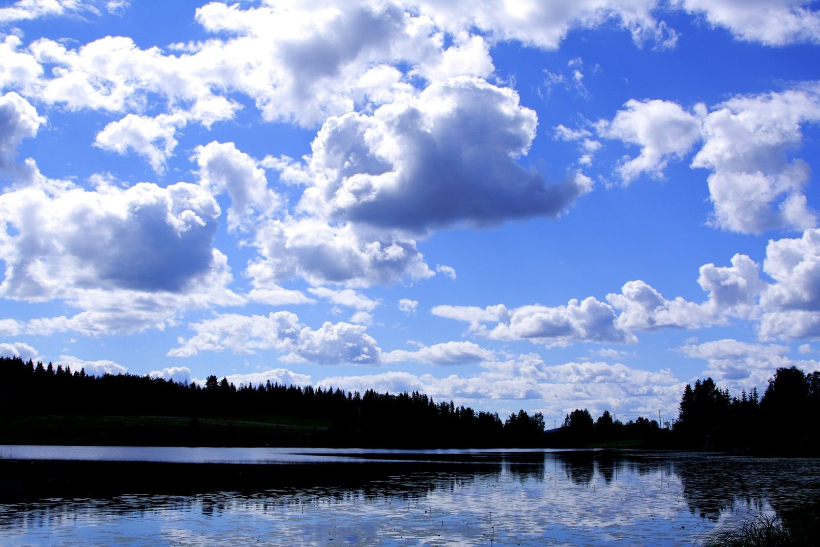 Clouds River Effects Mirror Reflection Sky Water Blue - Sky Effects Hd , HD Wallpaper & Backgrounds