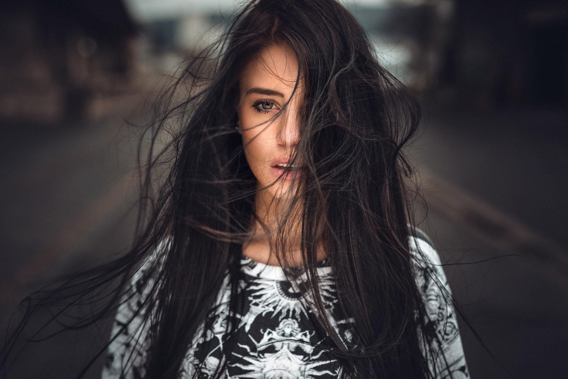 Julia Carina Portrait Face Women - Brunette Girl With Hazel Eyes , HD Wallpaper & Backgrounds