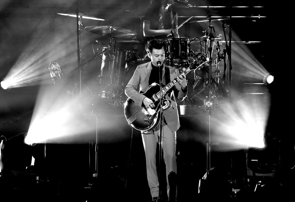 Harry Styles Photos Rock Concert 1944992 Hd Wallpaper