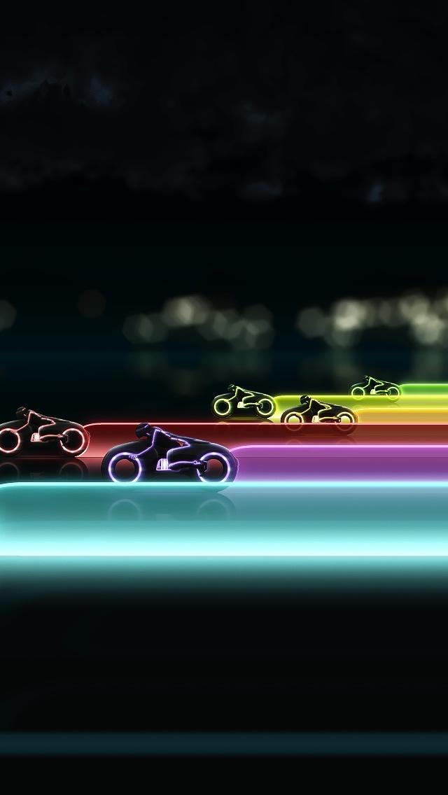 Tron Legacy Lightcycle Race Iphone Se Wallpaper - Tron Light Cycle Race , HD Wallpaper & Backgrounds