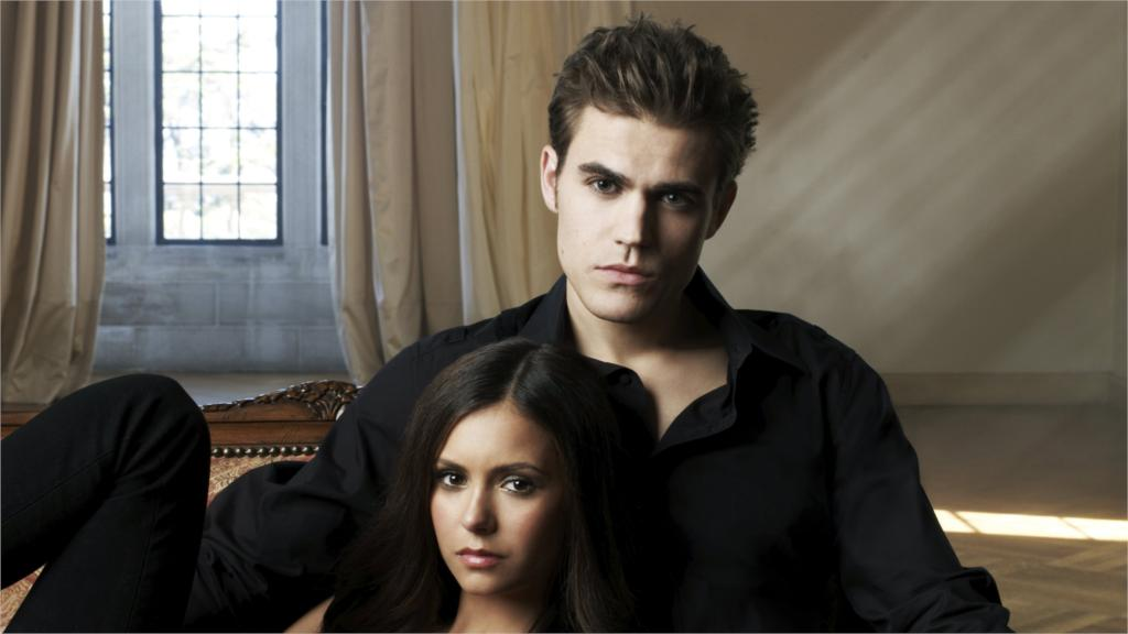 Popular American Tv Series The Vampire Diaries Wallpaper - Vampire Diaries Book , HD Wallpaper & Backgrounds