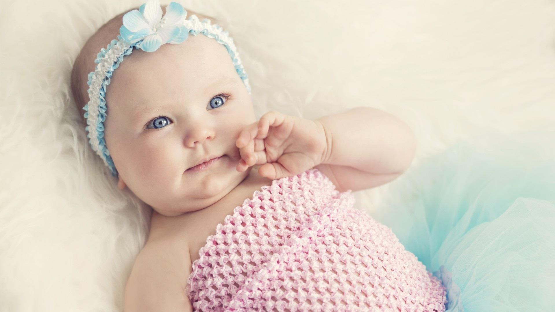 Cute Baby Wallpapers Images - Cute Babies With Blue Eyes Girls , HD Wallpaper & Backgrounds