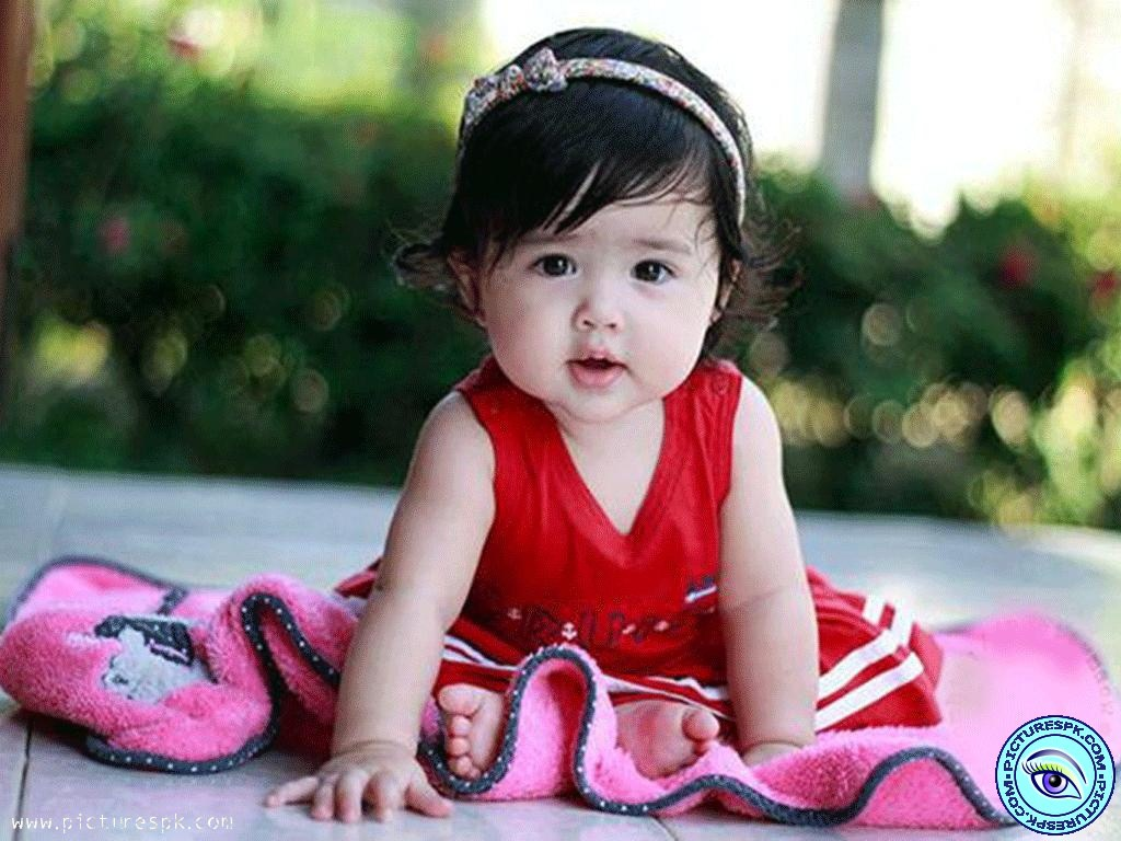 Cute Girl Babies Wallpapers Very Cute With Quotes - Baby Profile Pics For Whatsapp , HD Wallpaper & Backgrounds