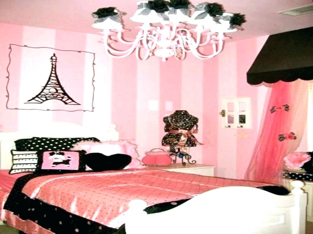 Paris Wallpaper For Bedroom Ideas For Themed Bedroom Paris