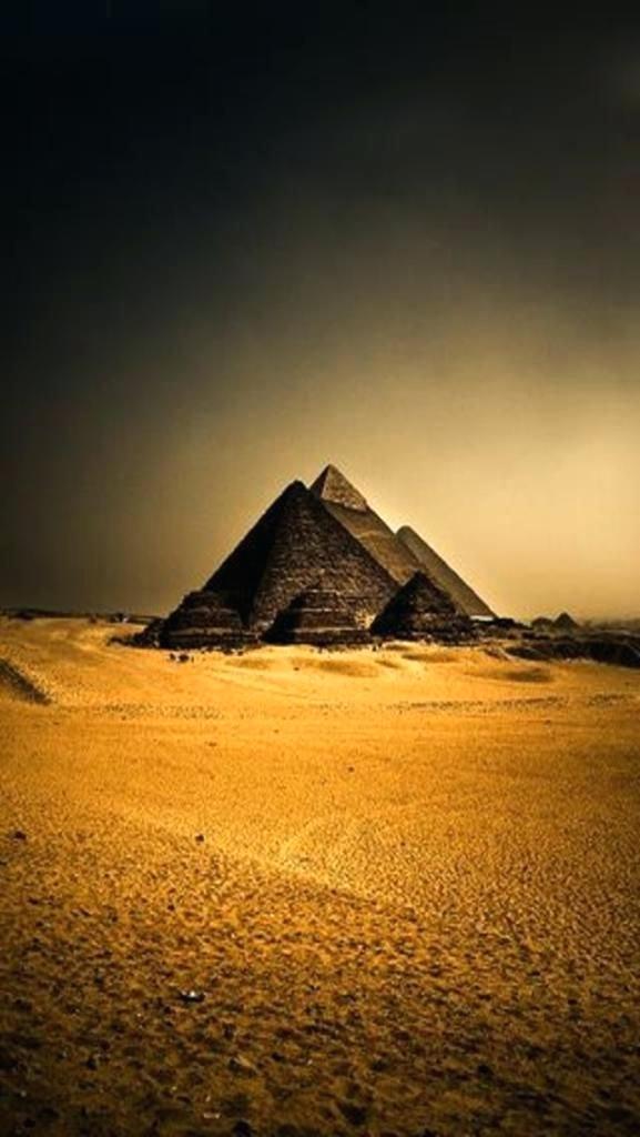 Egypt Wallpaper Screensaver Great Pyramid Of Wallpaper Giza Necropolis 2036929 Hd Wallpaper Backgrounds Download