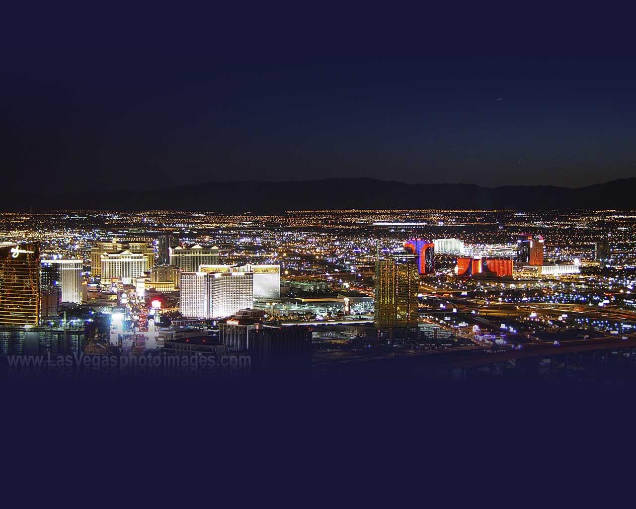 Las Vegas View Las Vegas 2043308 Hd Wallpaper Backgrounds