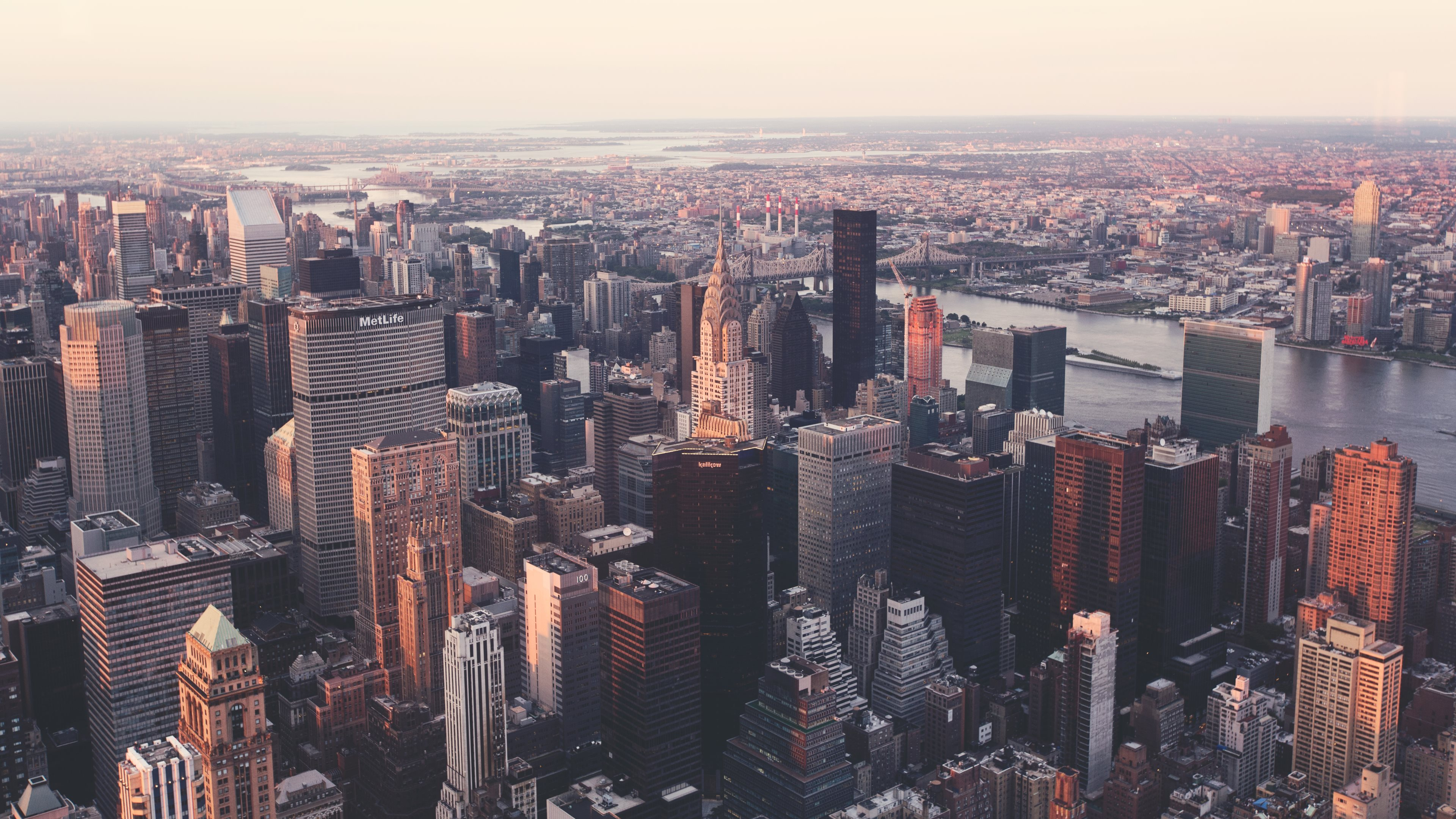 Iconic View Of The New York City - Macbook Wallpapers New York , HD Wallpaper & Backgrounds