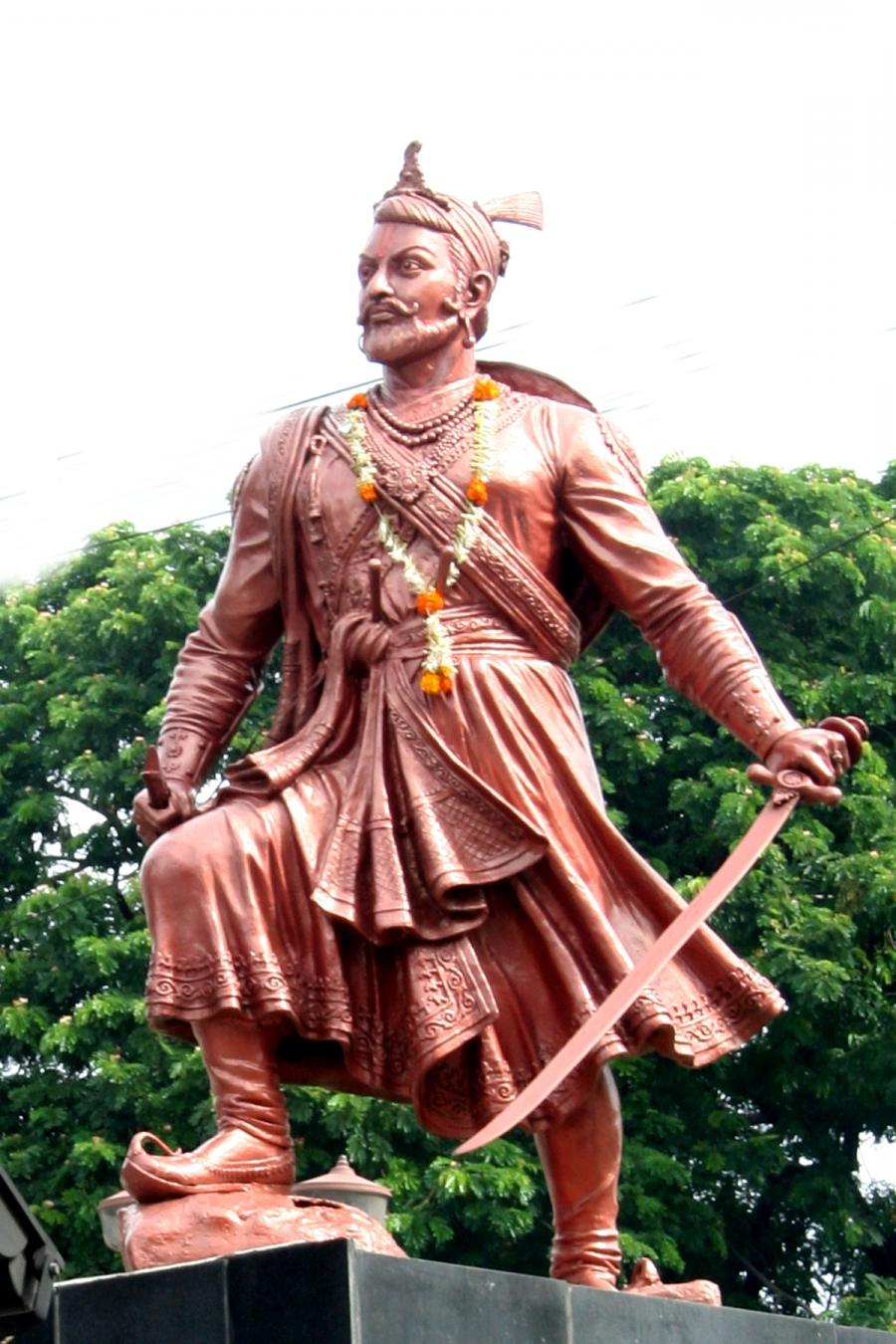 Chhatrapati Sambhaji Maharaj Lead The Marathas In War - Statue , HD Wallpaper & Backgrounds