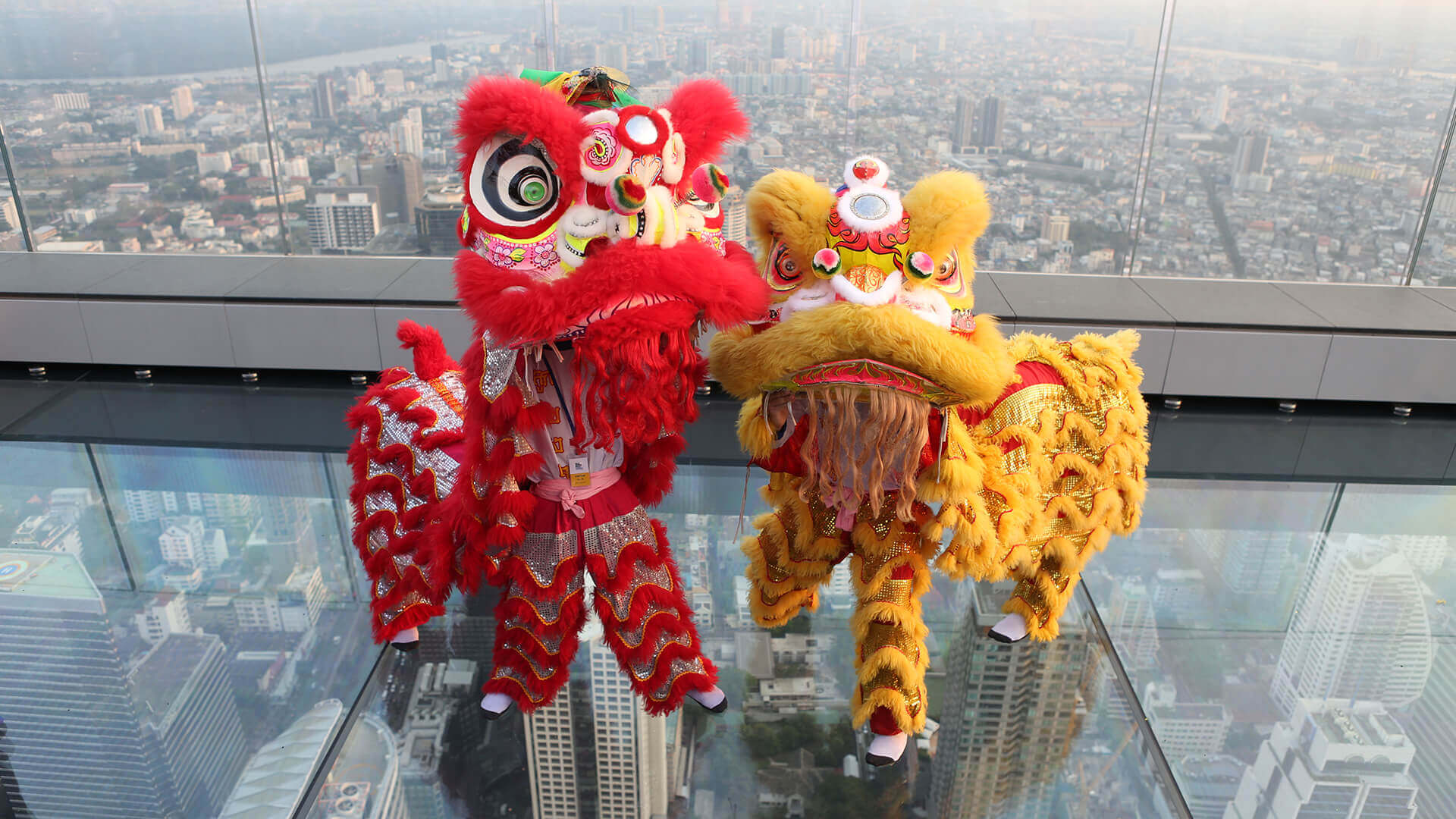 King Power Mahanakhon Celebrates Chinese New Year With - เชิด สิงโต , HD Wallpaper & Backgrounds