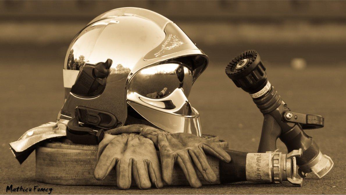 Firefighter Wallpaper 65386 European Fire Helmet Chrome