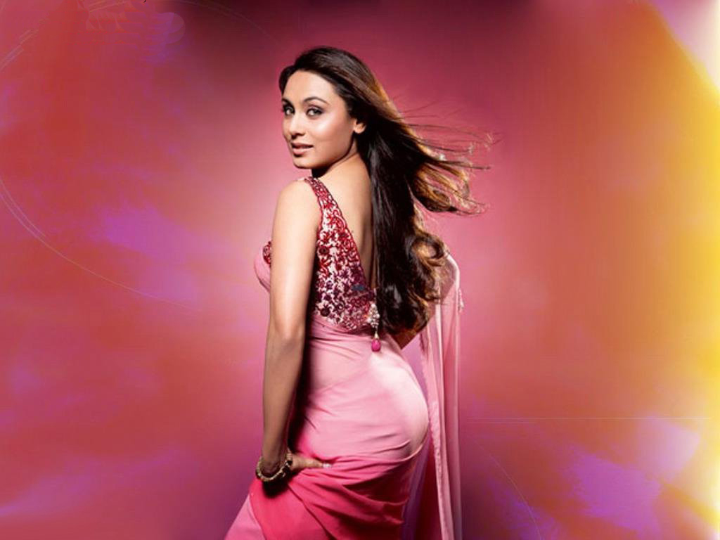 Hot Hd Wallpapers 1080p - Rani Mukerji Hot Back , HD Wallpaper & Backgrounds