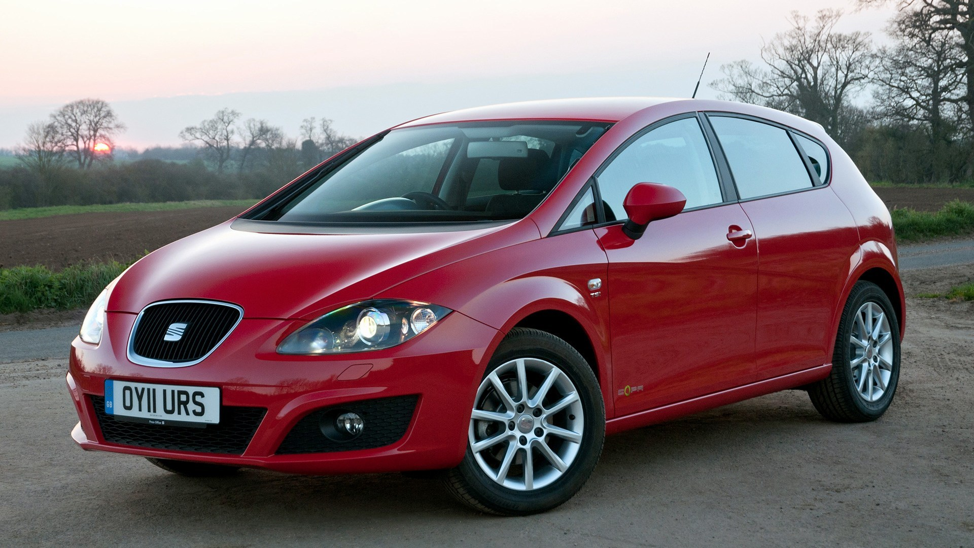 Seat Leon Copa 2011 Uk Wallpapers And Hd Images Car Seat