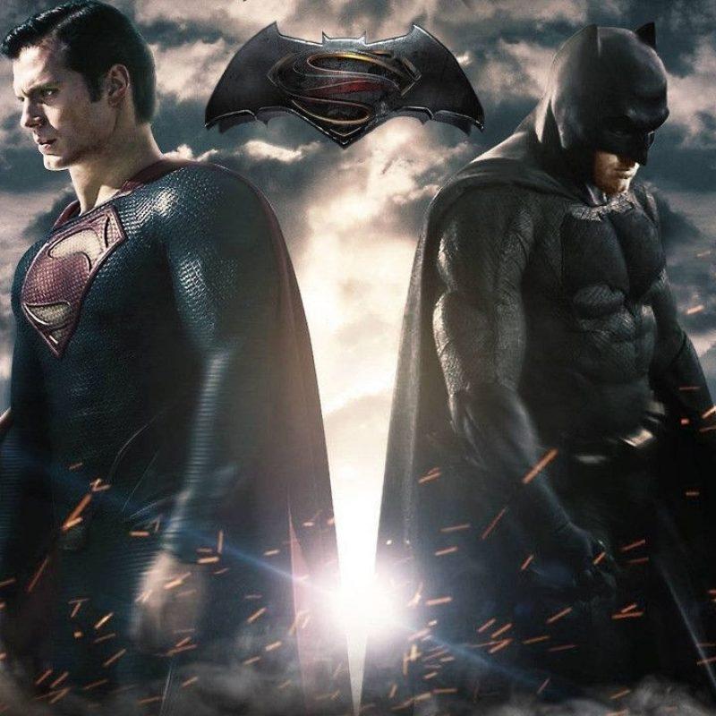 10 Best Batman Vs Superman Desktop Wallpaper Full Hd - Batman Vs Superman Body Henry Cavill , HD Wallpaper & Backgrounds