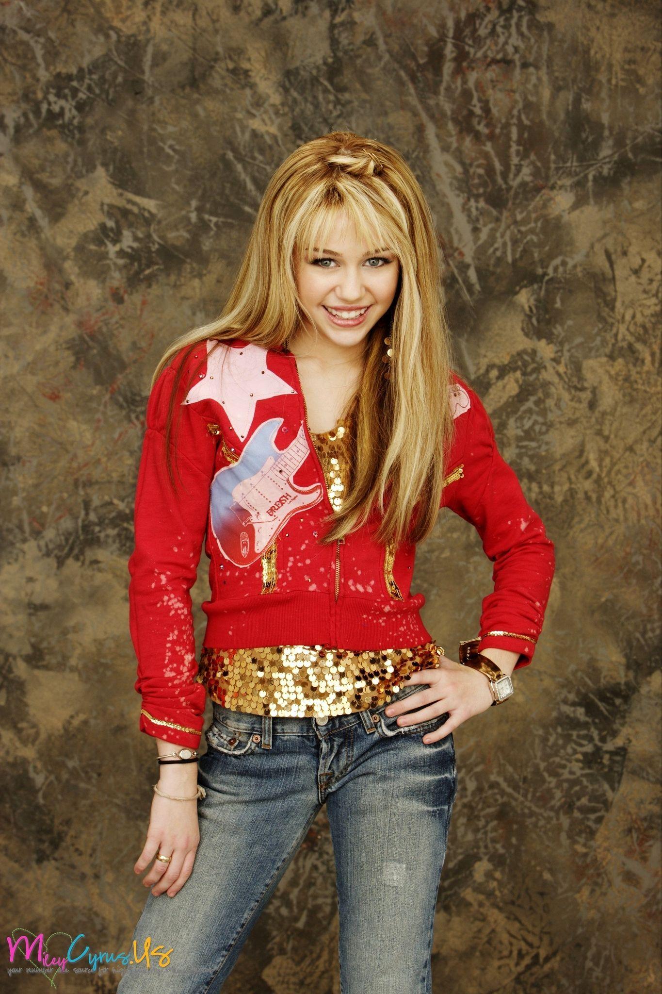 Miley Cyrus In Hannah Montana Wallpapers - Hannah Montana Season 1 Photoshoot , HD Wallpaper & Backgrounds