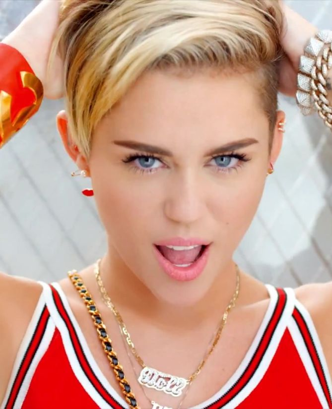 More Wallpaper Collections Miley Cyrus Wallpaper Mobile