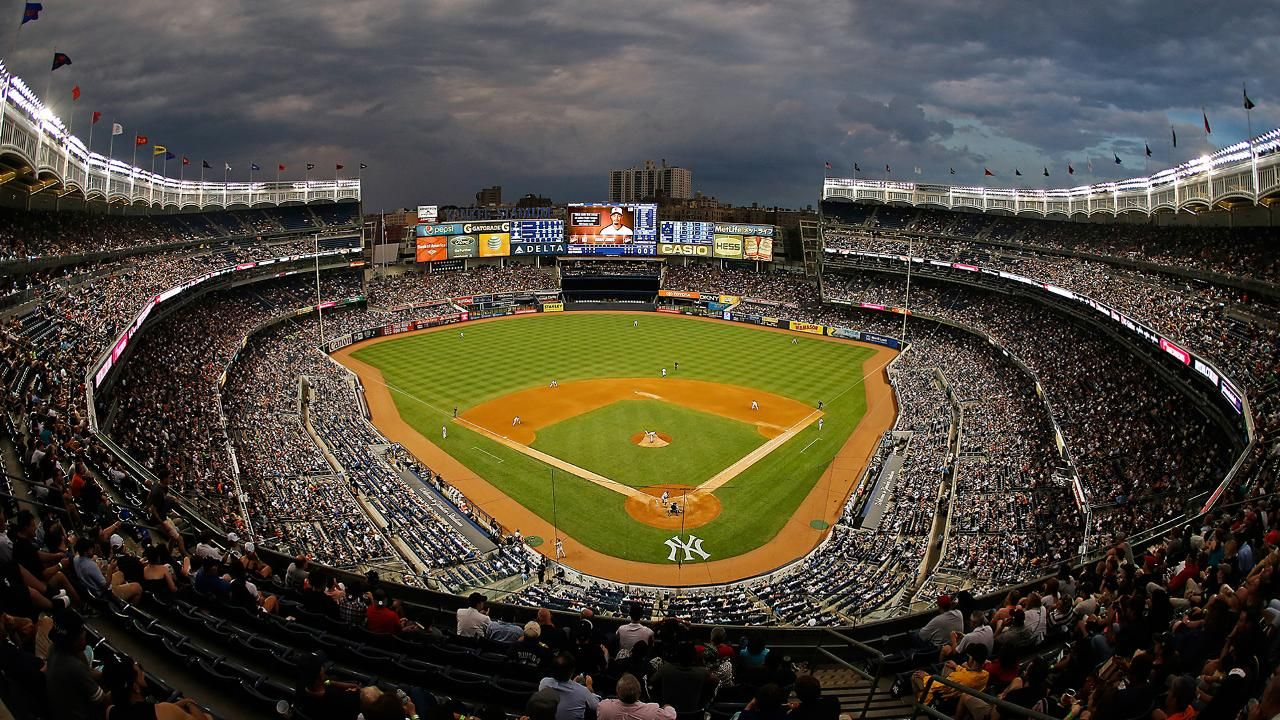 Top Yankee Stadium Wallpaper - New York Yankees Stadium Night , HD Wallpaper & Backgrounds