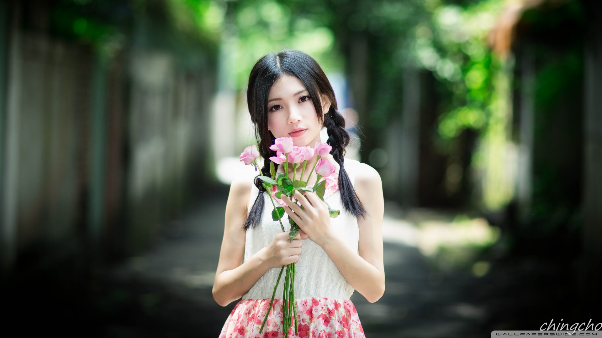 Hd 16 - - Chinese Girl With Flowers , HD Wallpaper & Backgrounds