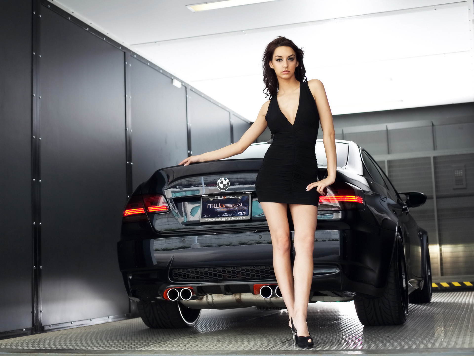 Car And Girl Hd , HD Wallpaper & Backgrounds