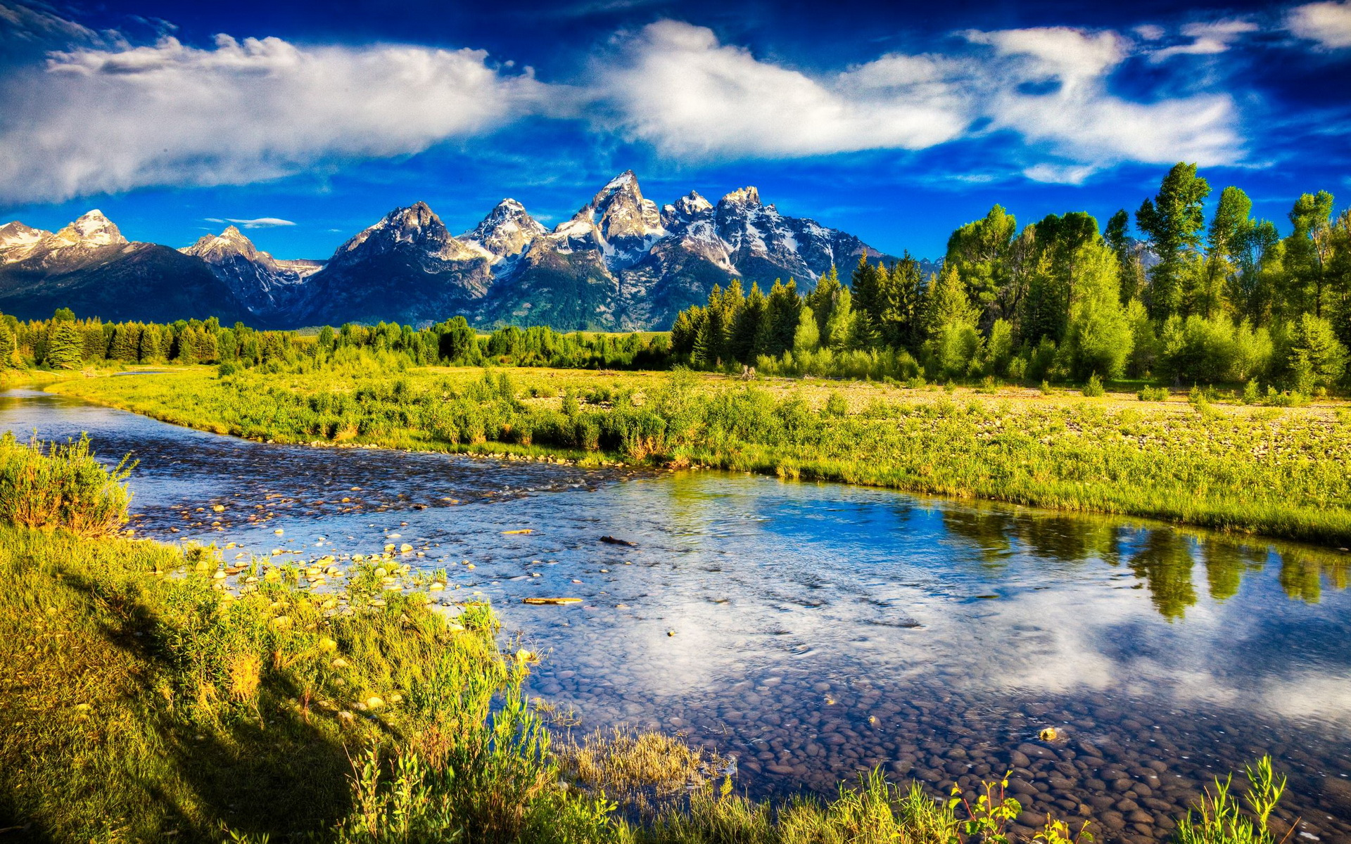 Beautiful Mountain Scenery - Mountain Scenery , HD Wallpaper & Backgrounds