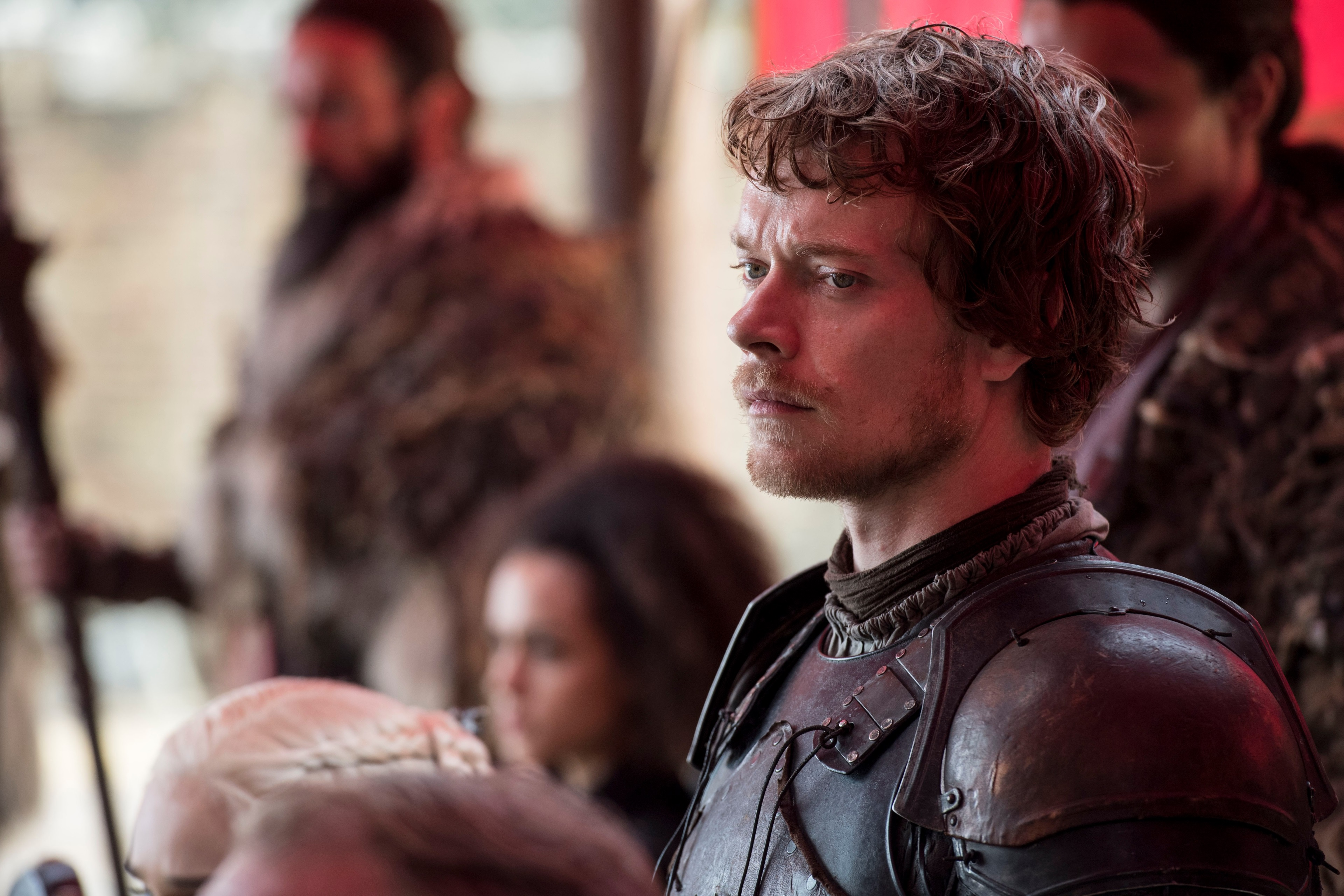 Theon Greyjoy Season 8 , HD Wallpaper & Backgrounds