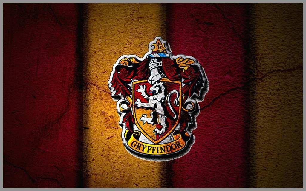 Harry Potter Gryffindor Crest 2379760 Hd Wallpaper Backgrounds Download