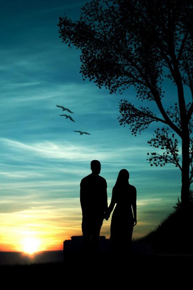 Couple At Sunset Iphone Wallpaper Romantic Wallpaper For