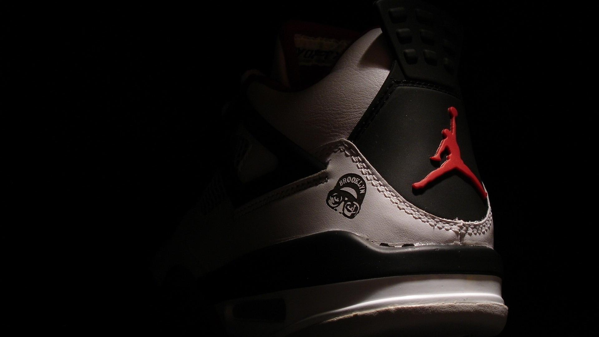 Michael Jordan Wallpaper Shoes Air Jordan Logo 1080 245564 Hd Wallpaper Backgrounds Download