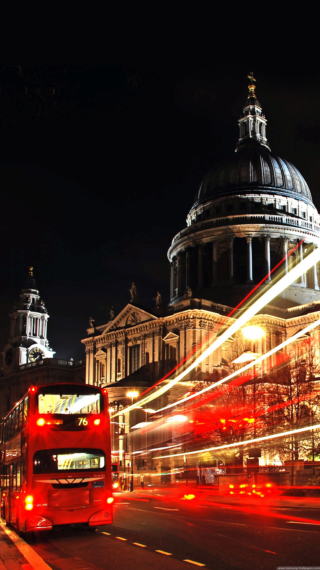 London St Paul Cathedral Double Decker Iphone 6 Plus