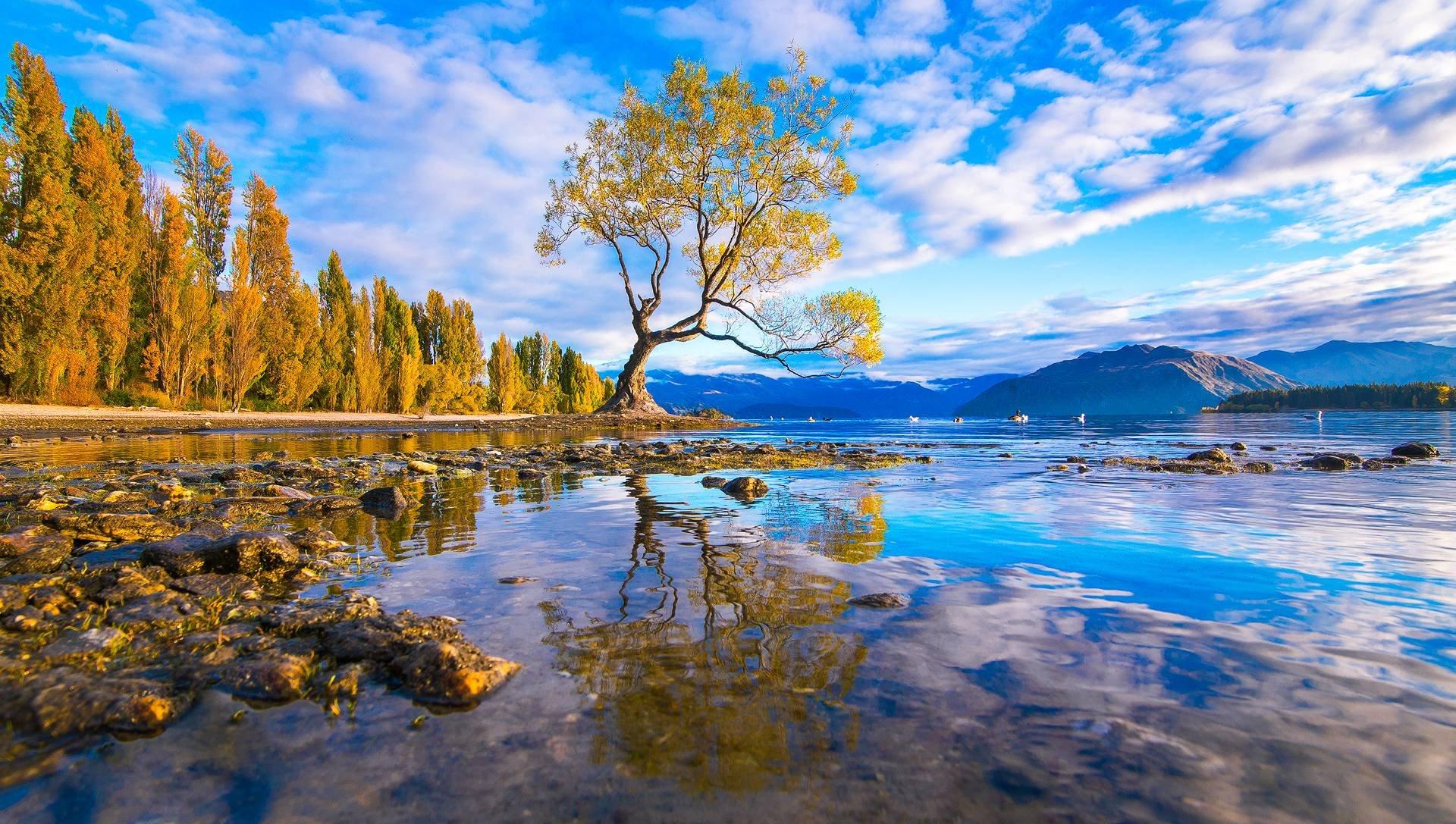 Lake Wanaka New Zealand 17167 Wallpaper - Beautiful Lakes In New Zealand , HD Wallpaper & Backgrounds