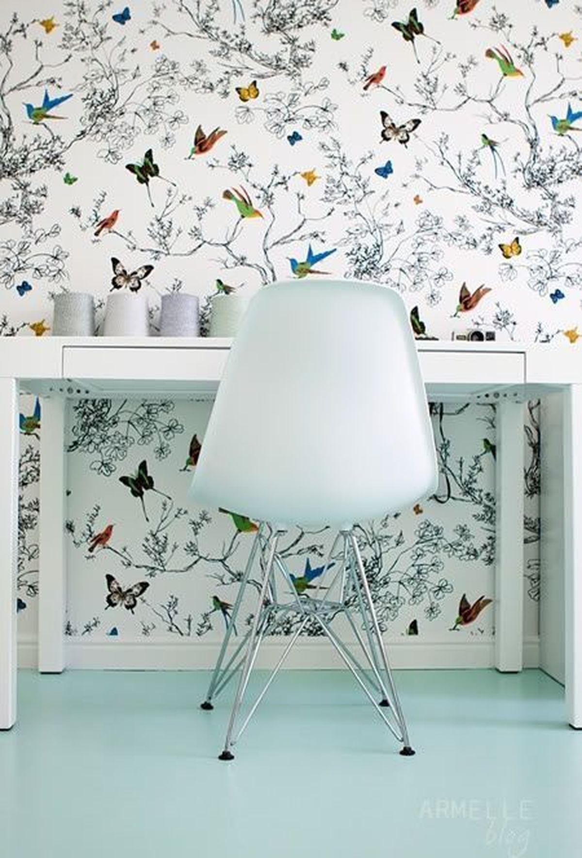 Schumacher Birds And Butterflies Wallpaper Multi On - Butterfly Wallpaper For Bedroom , HD Wallpaper & Backgrounds
