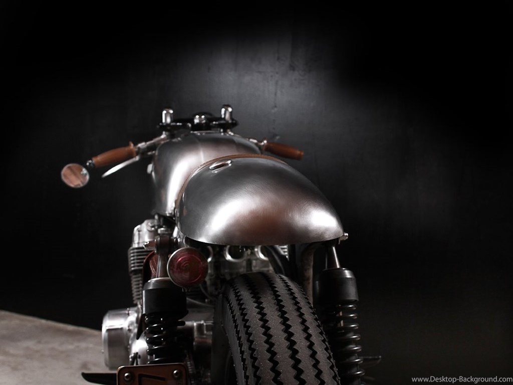 Fullscreen - Motorcycle , HD Wallpaper & Backgrounds