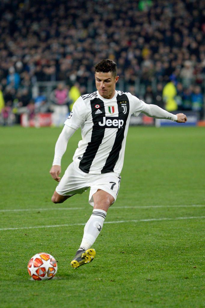 Cristiano Ronaldo Cr7 Juventus, Cristiano Ronaldo Juventus, - Cristiano Ronaldo Uefa Champions League 2019 , HD Wallpaper & Backgrounds