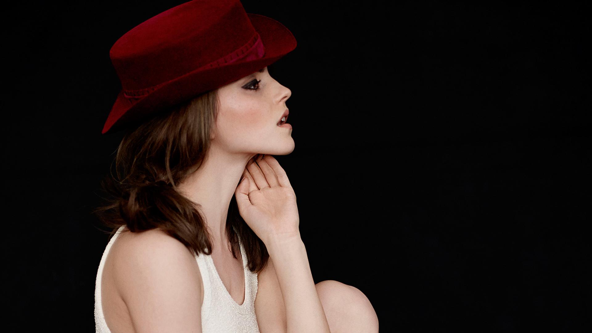 Emma Watson Hot Wallpaper - Emma Watson Elle Us 2014 , HD Wallpaper & Backgrounds