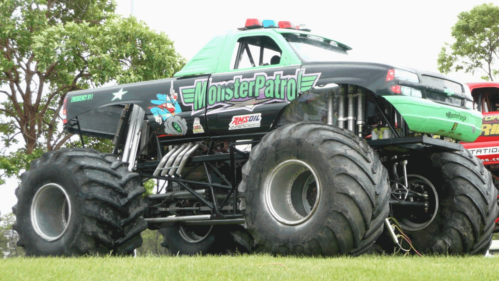 Monster Truck Wallpaper Monster Truck 286090 Hd Wallpaper Backgrounds Download