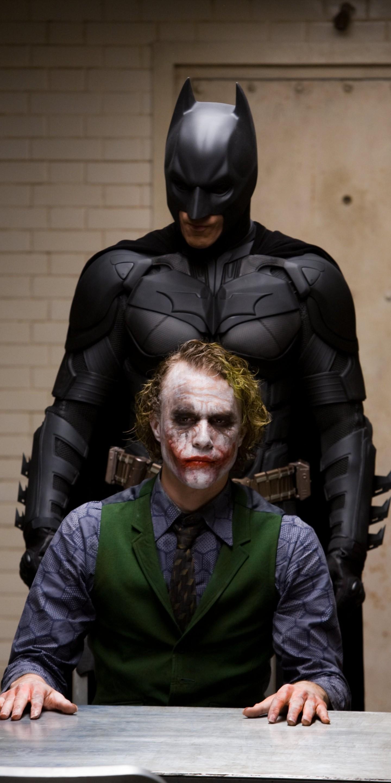 Download Wallpaper - Dark Knight Joker And Batman , HD Wallpaper & Backgrounds