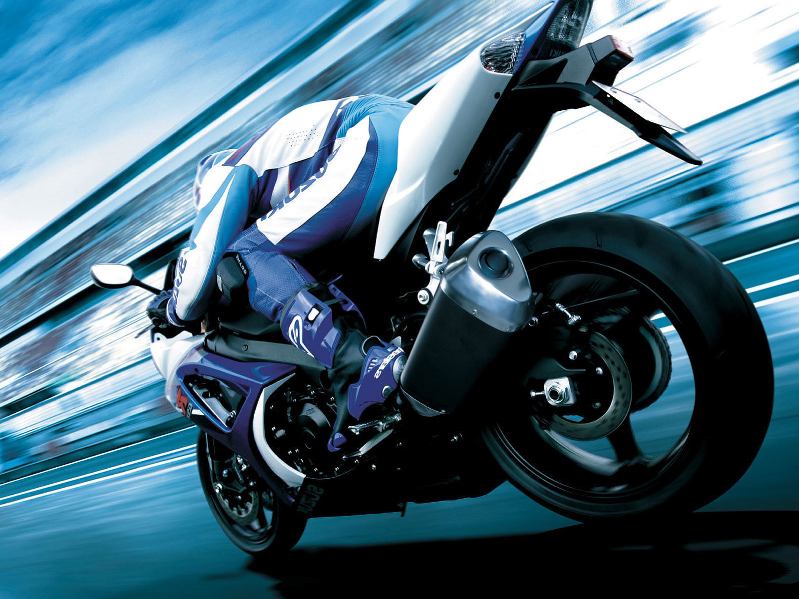 Back Gallery For Motorcycle Screensaver Wallpaper - Beautiful Motorcycle , HD Wallpaper & Backgrounds