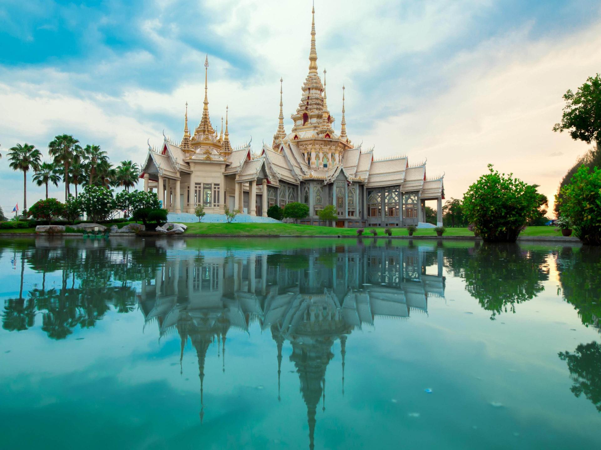 Wat Mahawiharn , HD Wallpaper & Backgrounds