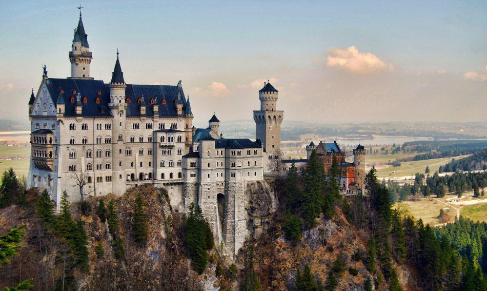Most Beautiful Places - Neuschwanstein Castle , HD Wallpaper & Backgrounds