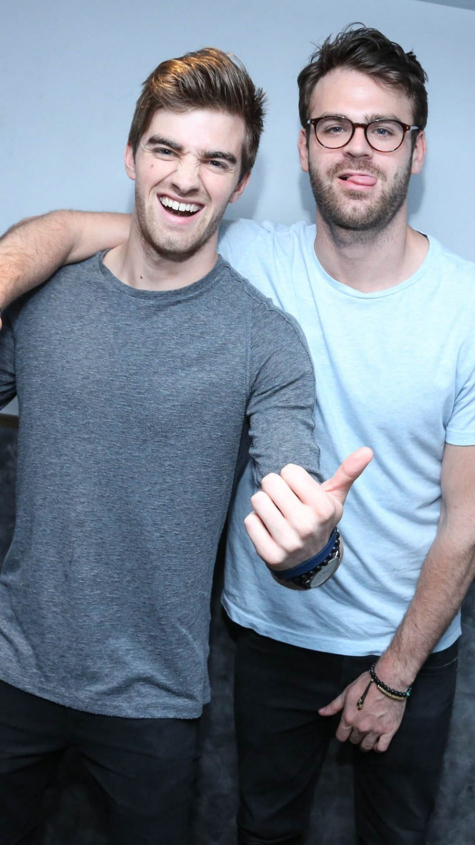 The Chainsmokers Hd Mobile Wallpaper 5 Seconds Of Summer