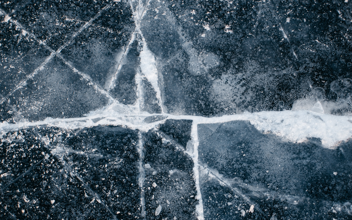 Wallpaper Ice Cranny Surface Iphone 11 Wallpaper Hd 4k 2912595 Hd Wallpaper Backgrounds Download