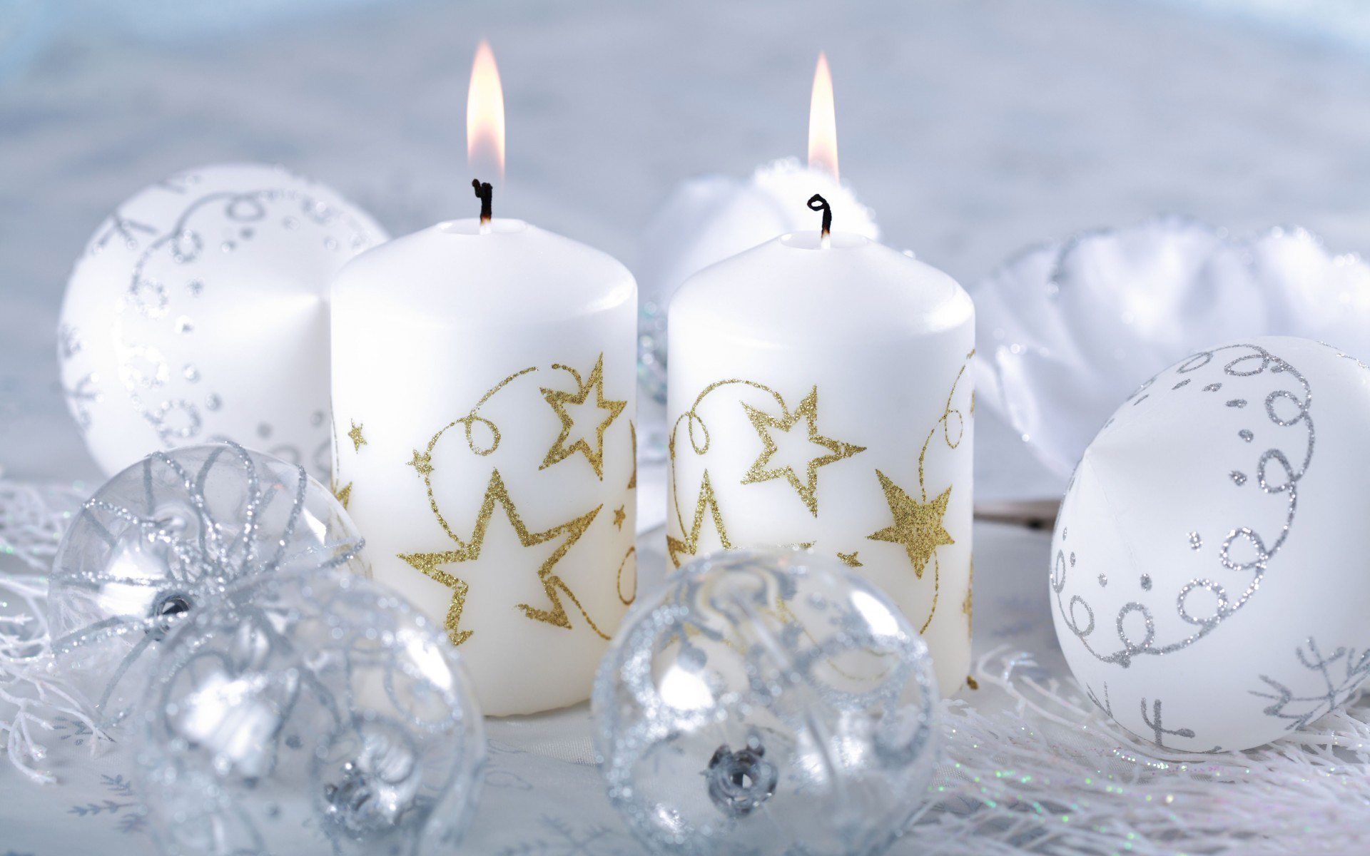 Christmas Candles White Background , HD Wallpaper & Backgrounds