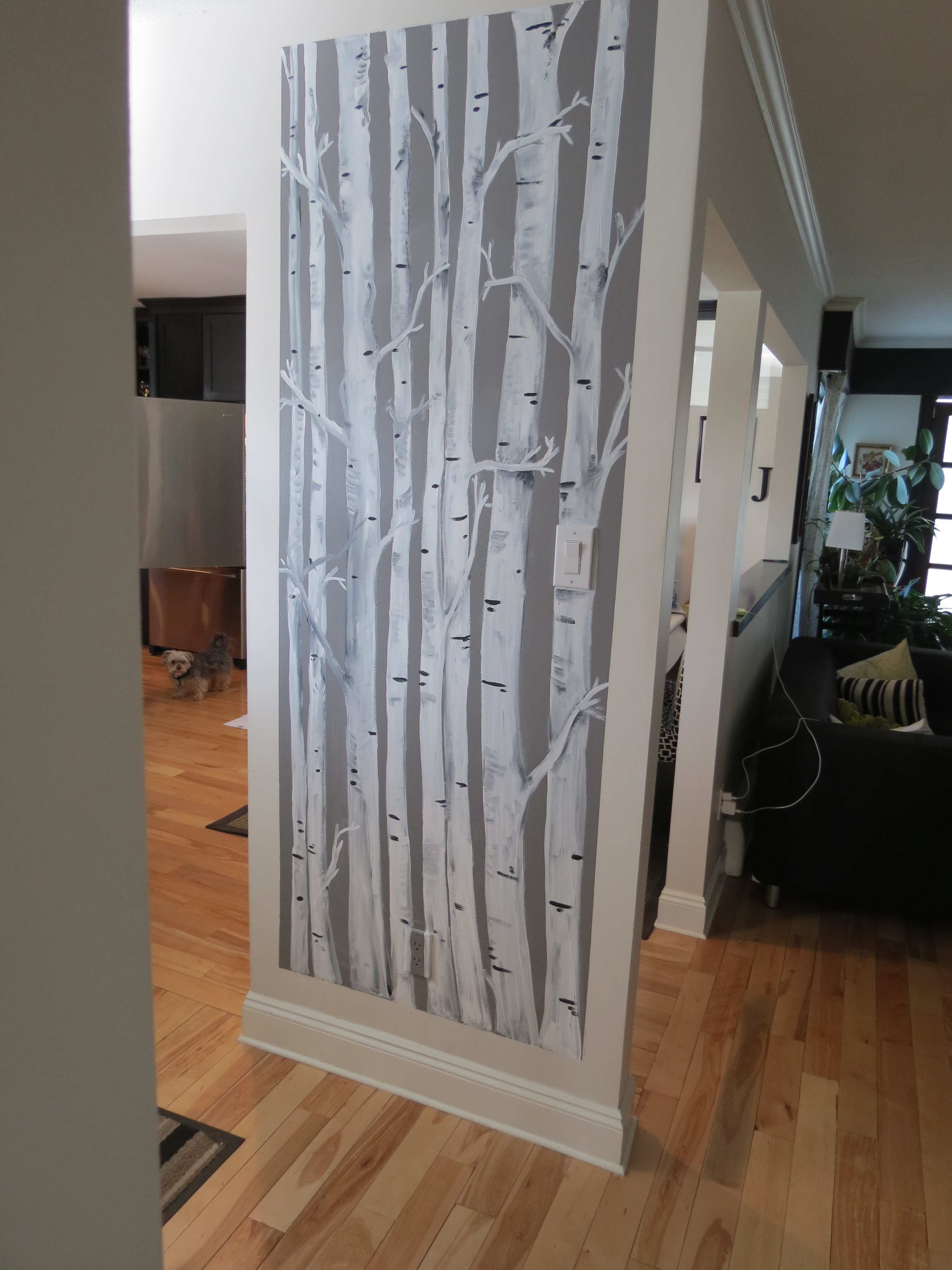 Black And White Birch Tree Wallpaper - Accent Wall Trees Painted , HD Wallpaper & Backgrounds
