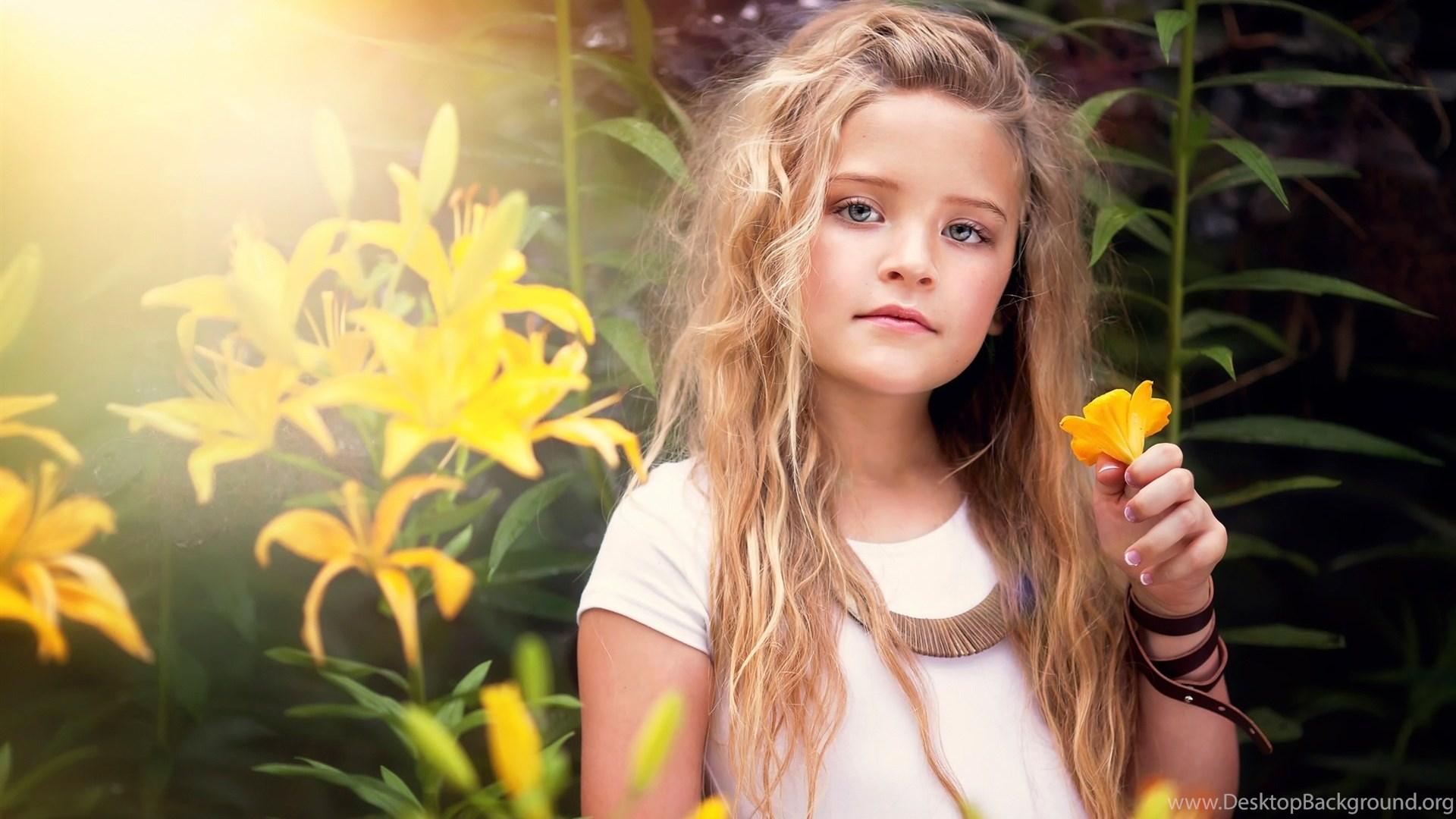 Cute Little Girl, Portrait, Yellow Flowers Wallpaper,cute - Little Girl Cute Flowers , HD Wallpaper & Backgrounds