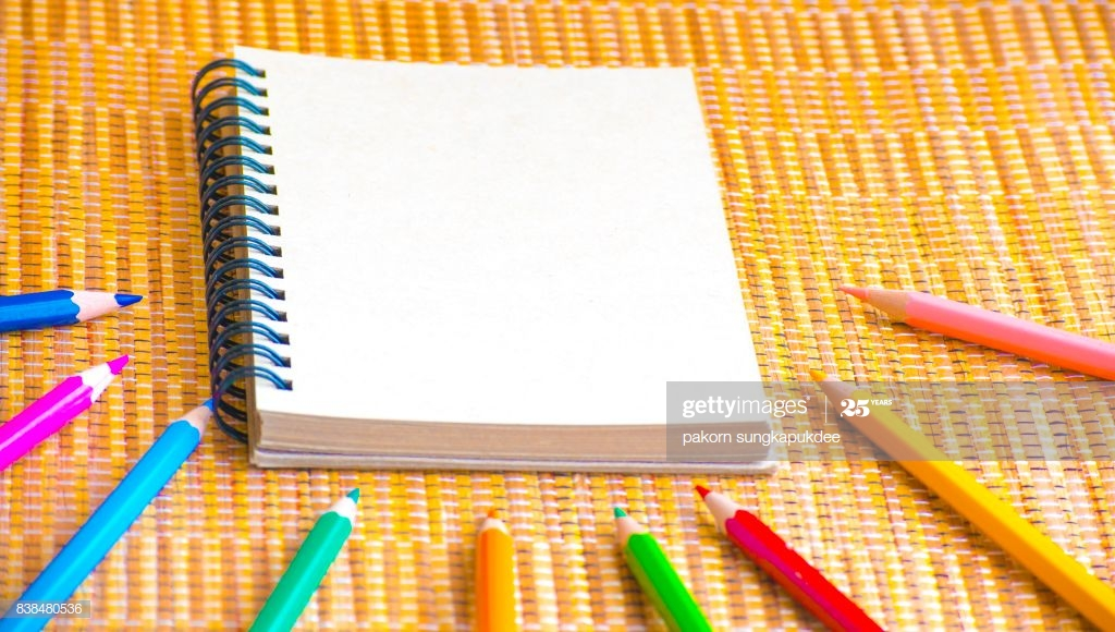 notepad with pencil on wood board background craft 2992364 hd wallpaper backgrounds download https www itl cat wallview ibxwoob notepad with pencil on wood board background craft