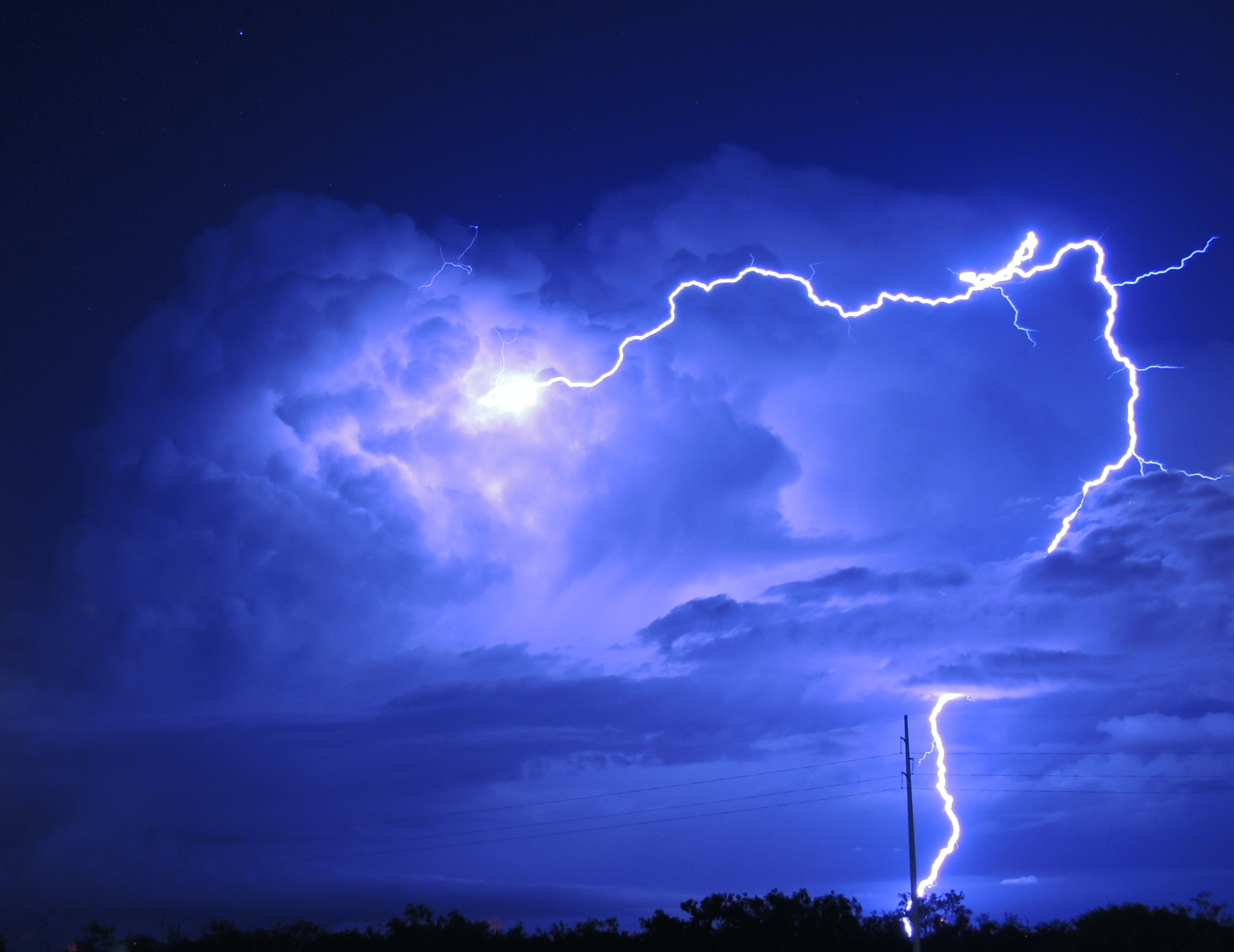 Thunder Bolt Lightning 2997462 Hd Wallpaper Backgrounds Download